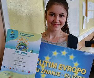 Nagrajenka likovnega natečaja Evropa v šoli